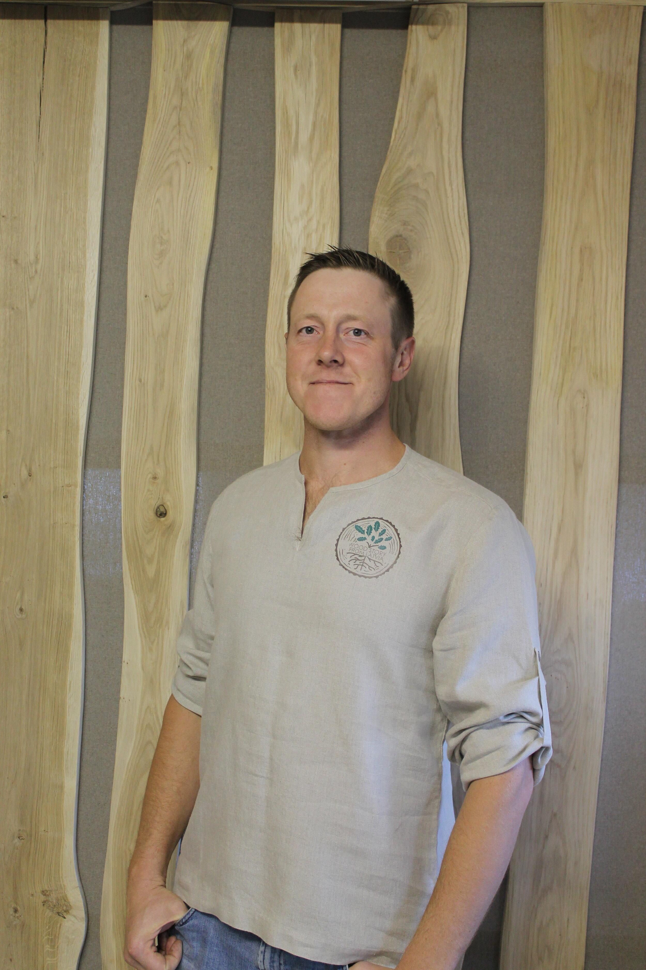Valdes priekšsēdētājs / mežsaimniecības daļas vadītājs   Ainārs Tiļļa   mob.  +37127866653   e-pasts:  ainars@kdf.lv