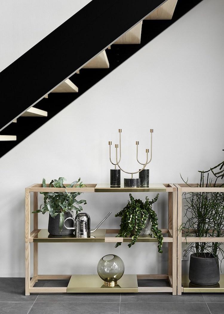 Susanna-Vento-for-Kannustalo.-Botanic-shelves.jpg