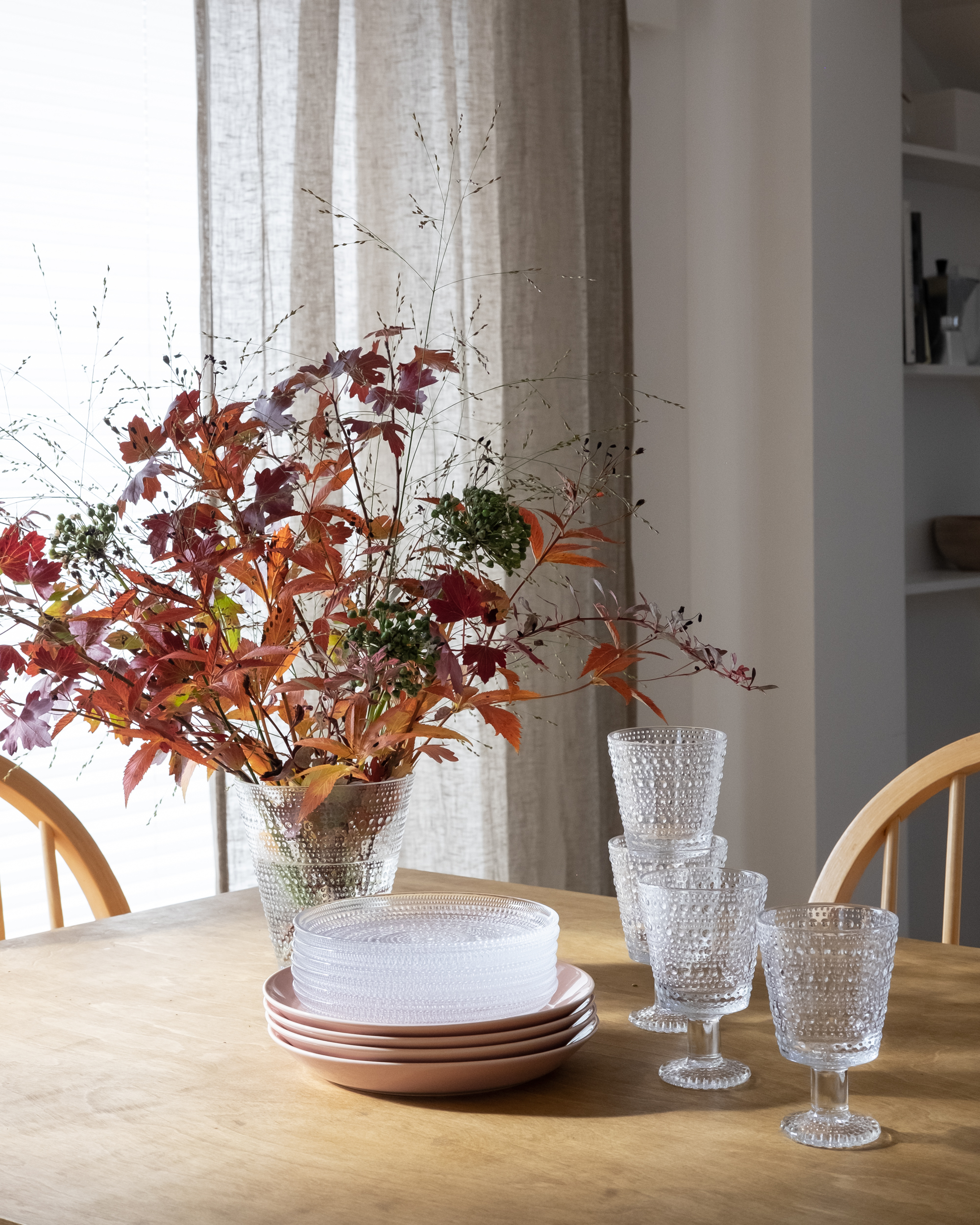 Iittala tableware, Kastehelmi and Teema collection.jpg