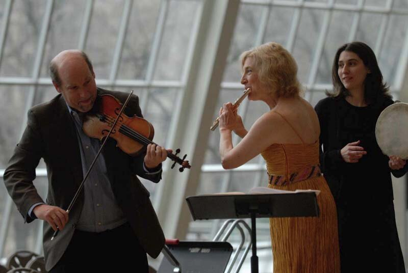 with Calvin Weirsma and Sharon Roffman in the Temple of Dendur, Metropolitan Museum of Art, New York. Photo Stefan Cohen.
