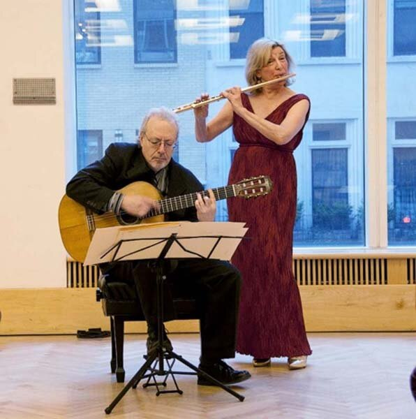 with Frederic Hand, guitar at the New York Flute Fair. Photo Anne Everhart.