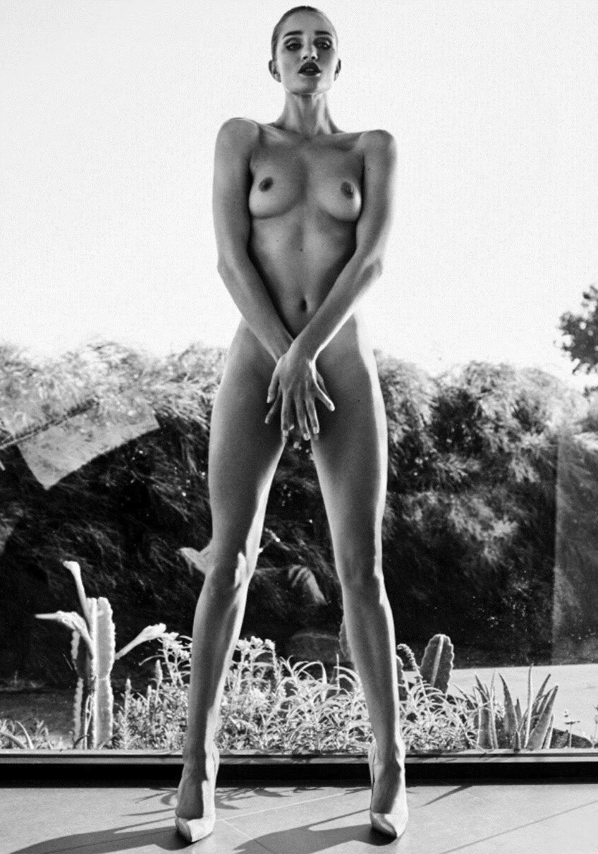 RosieHuntington-Whiteley.jpg