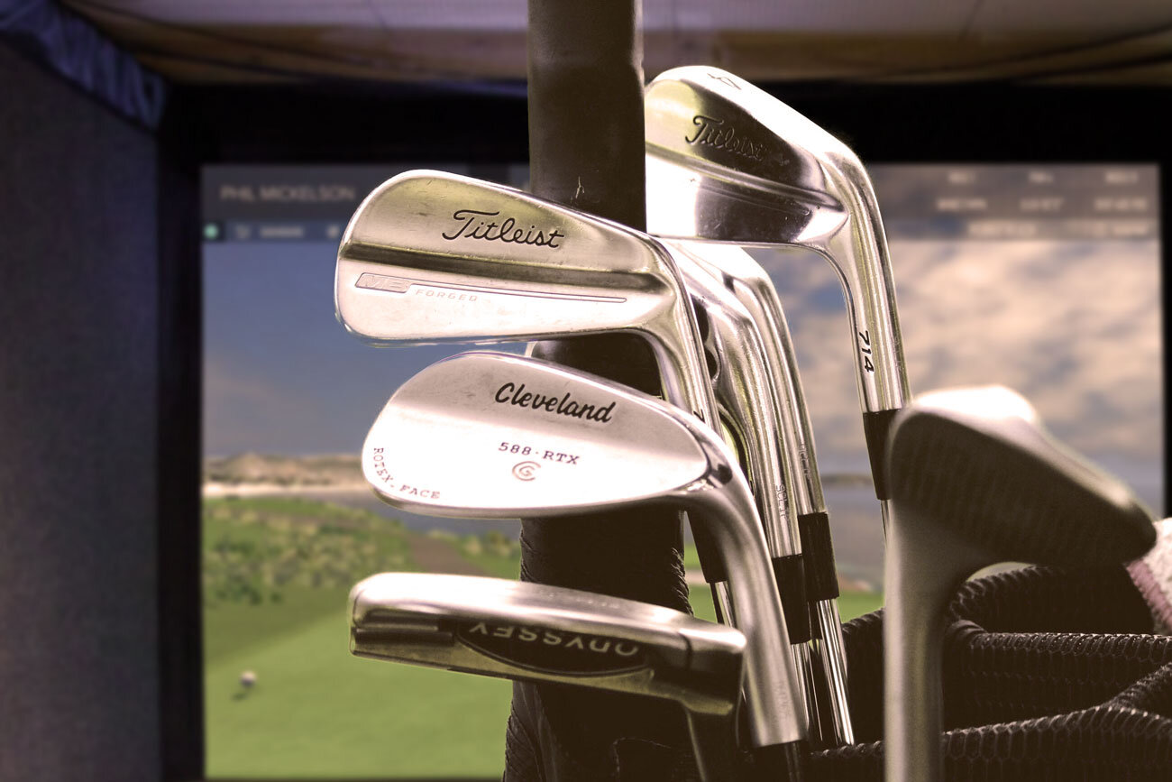 simulator-with-clubs.jpg