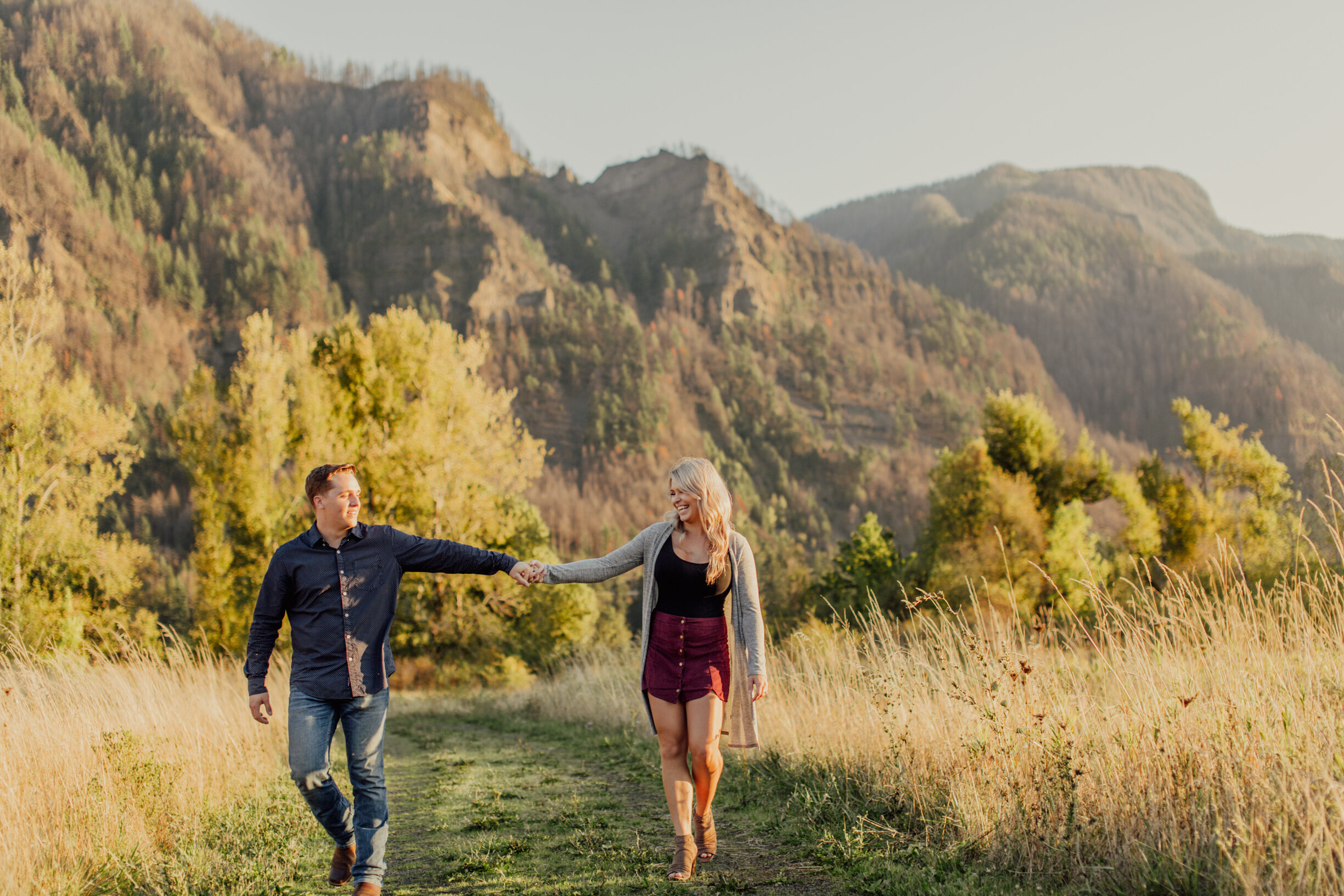 9.21.19  Columbia River Gorge Couples Session // Stevenson, WA // Karina+Blake