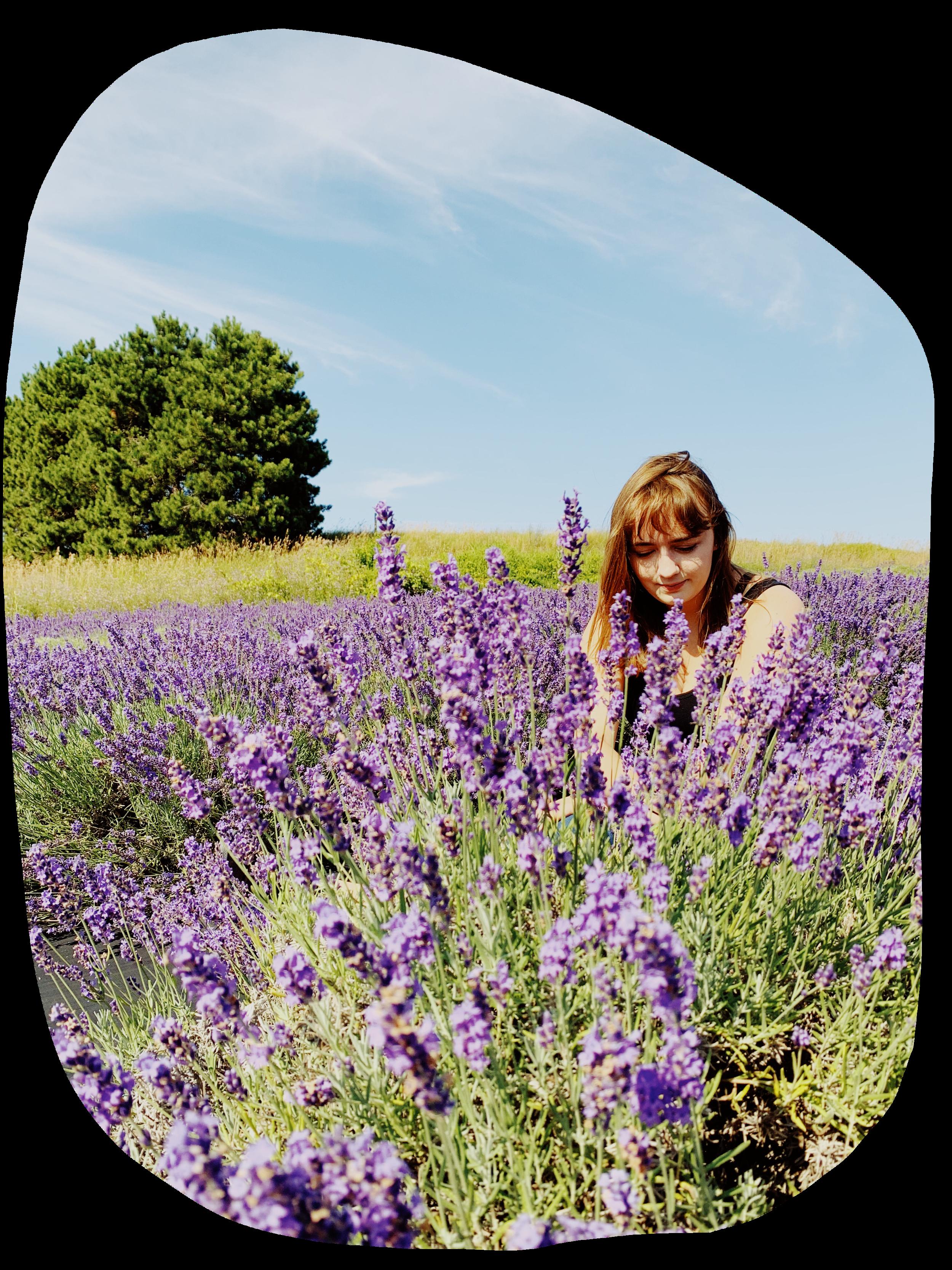 Kat Reiser - Your floral arranging spirit guide