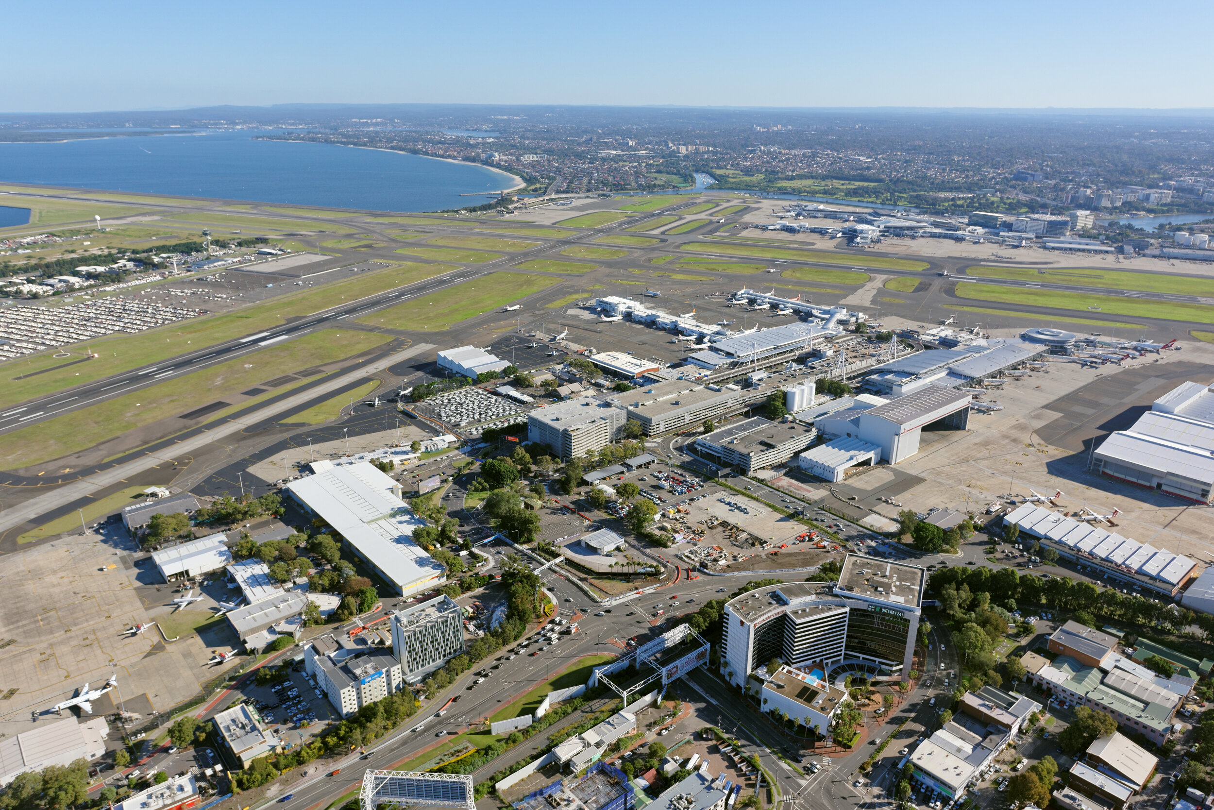 Level 1, Mapping - Level 1 accreditation requires the airport to have a policy commitment to emission reductions, as well as a carbon footprint of scope 1 & 2 emissions.