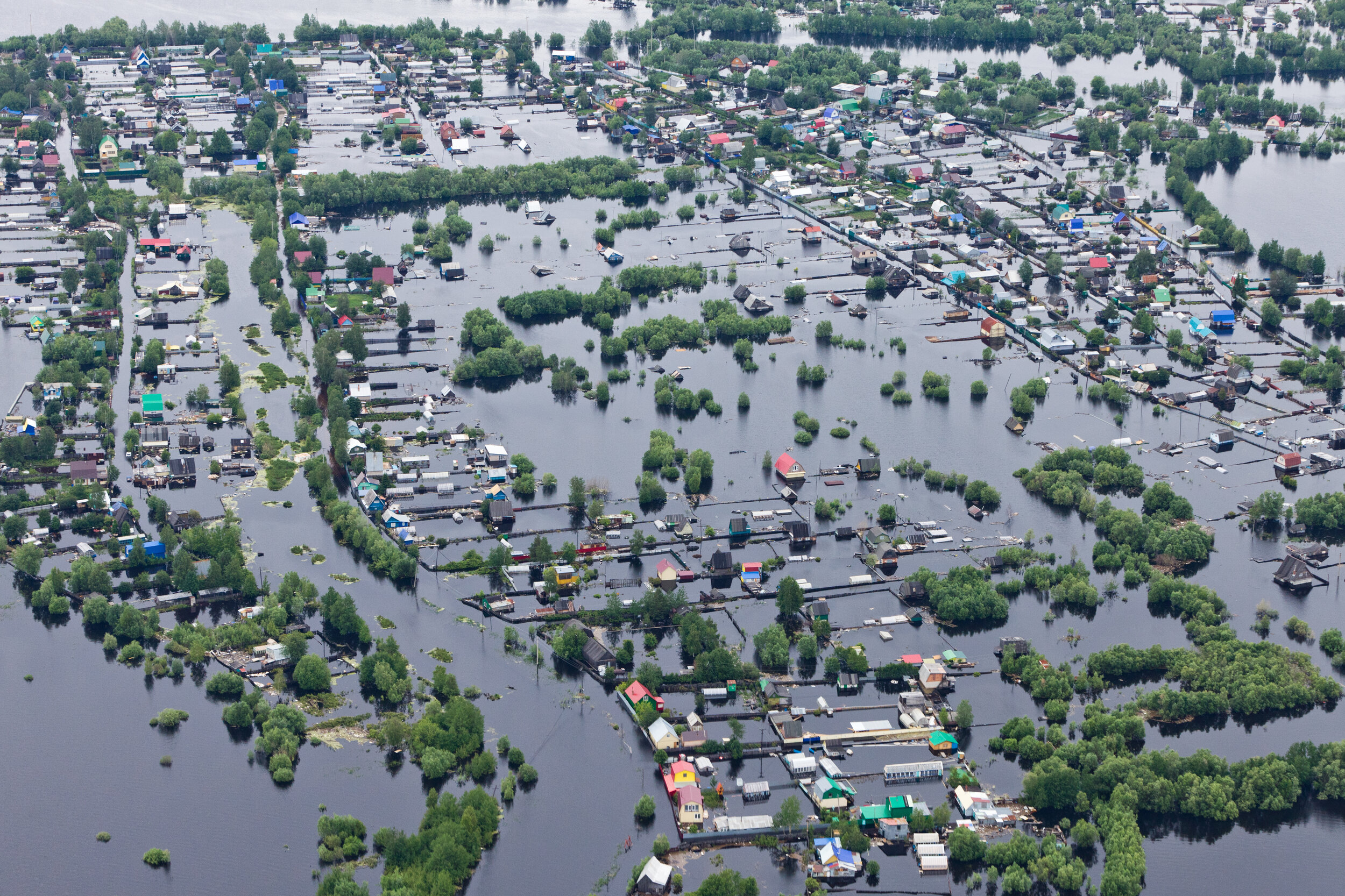 scenario planning - Identification of properties of future climate and weather extremes, non-physical risks and opportunities, as well as development of scenarios and resilience indicators.