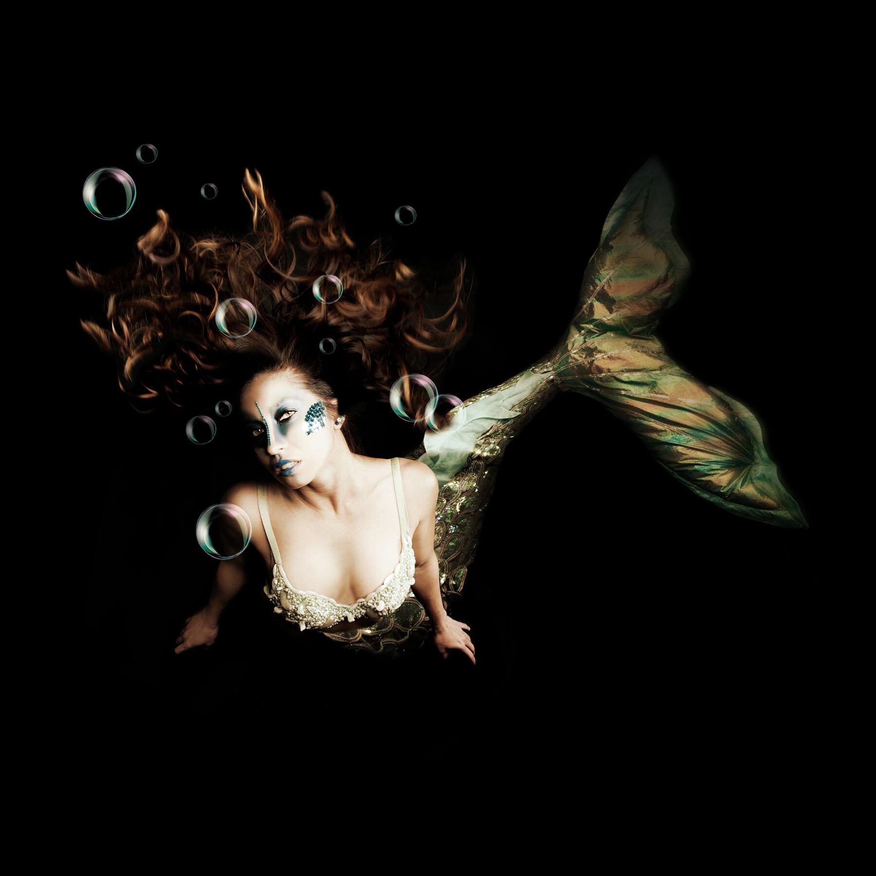 mermaid 2 gold bubbles.jpg