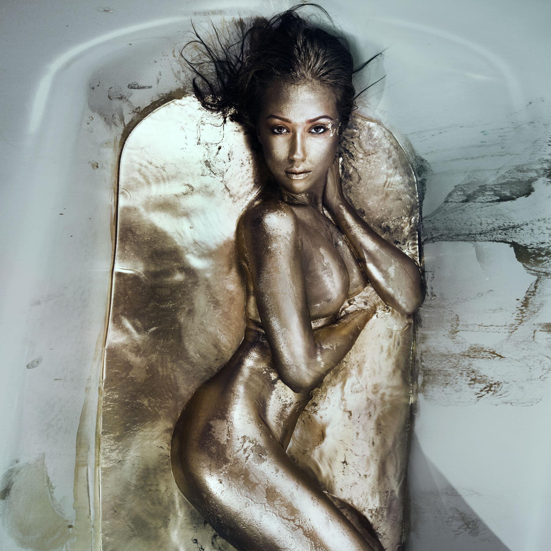 Gold bath aIMG_0347c tint.jpg