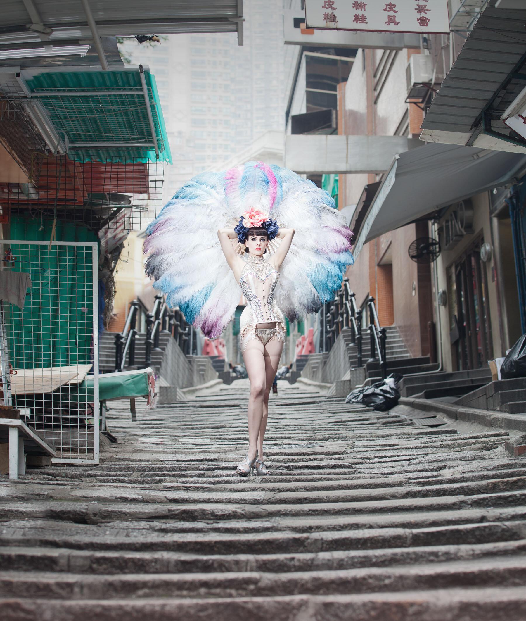 burlesque 4.jpg