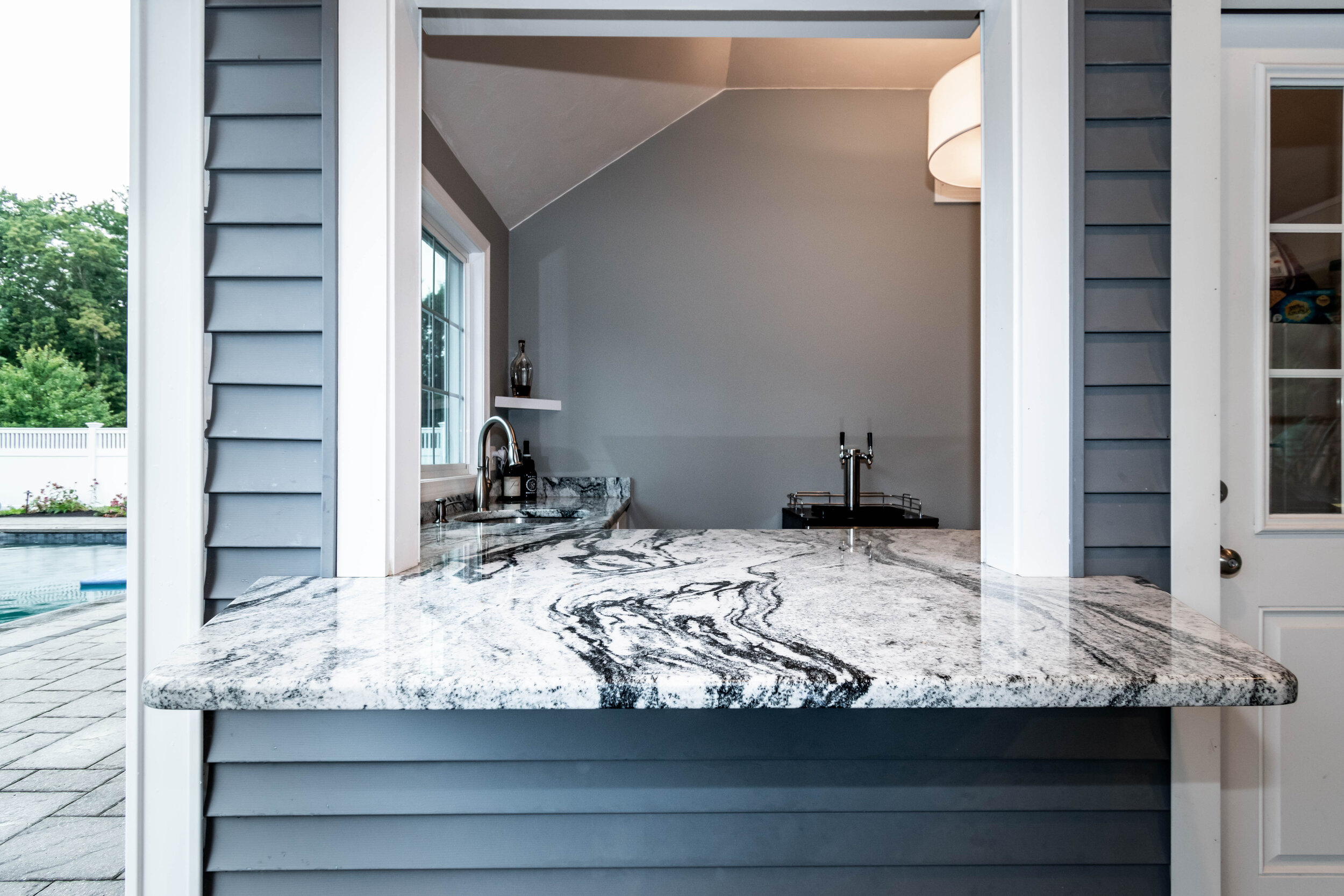 "Material: Viscount White  Thickness, Finish & Stone Type: 3CM Polished Granite  Edge: 3/8"" Radius  Sink: KB18-SP1"