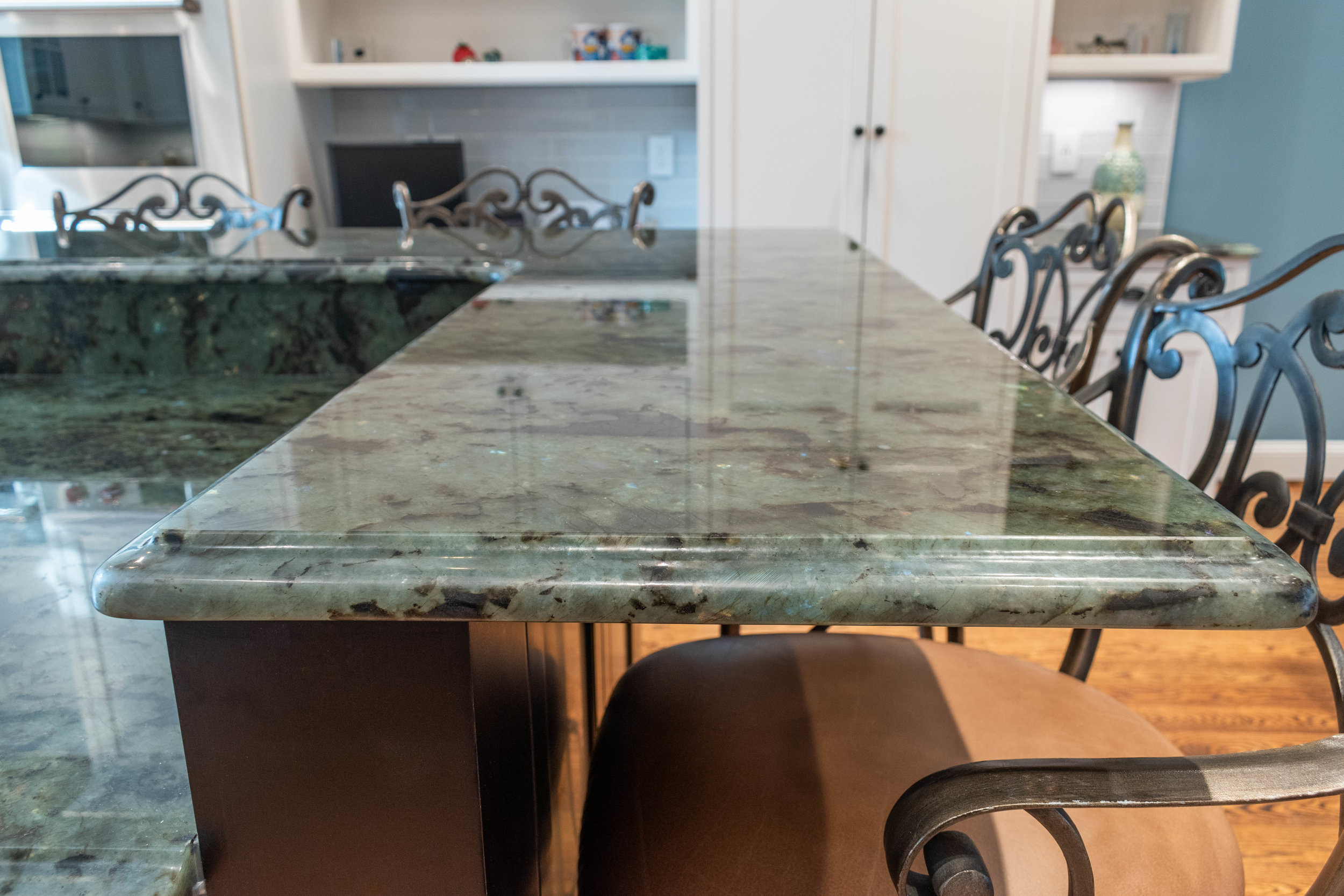 Material: Labradorite Blue Flake  Thickness, Finish & Stone Type: 3CM Polished Granite  Edge: Ogee  Sink: ZP3016HMR