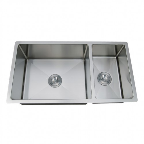 "ZAP ZP7030HMR - 70/30 SplitStainless Steel16 GaugeHandmadeAccessories: GridsBowl Size: 30"" x 16""10"" DeepMinimum Cabinet Size: 32"" *Round corners*Sink can be turned to be used as a 30/70 split."
