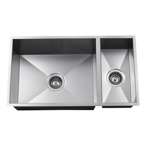"ZAP ZP7030HMZ - 70/30 SplitStainless Steel16 GaugeHandmadeAccessories: GridsBowl Size: 30"" x 16""10"" DeepMinimum Cabinet Size: 32"" *Square corners*Sink can be turned to be used as a 30/70 split."