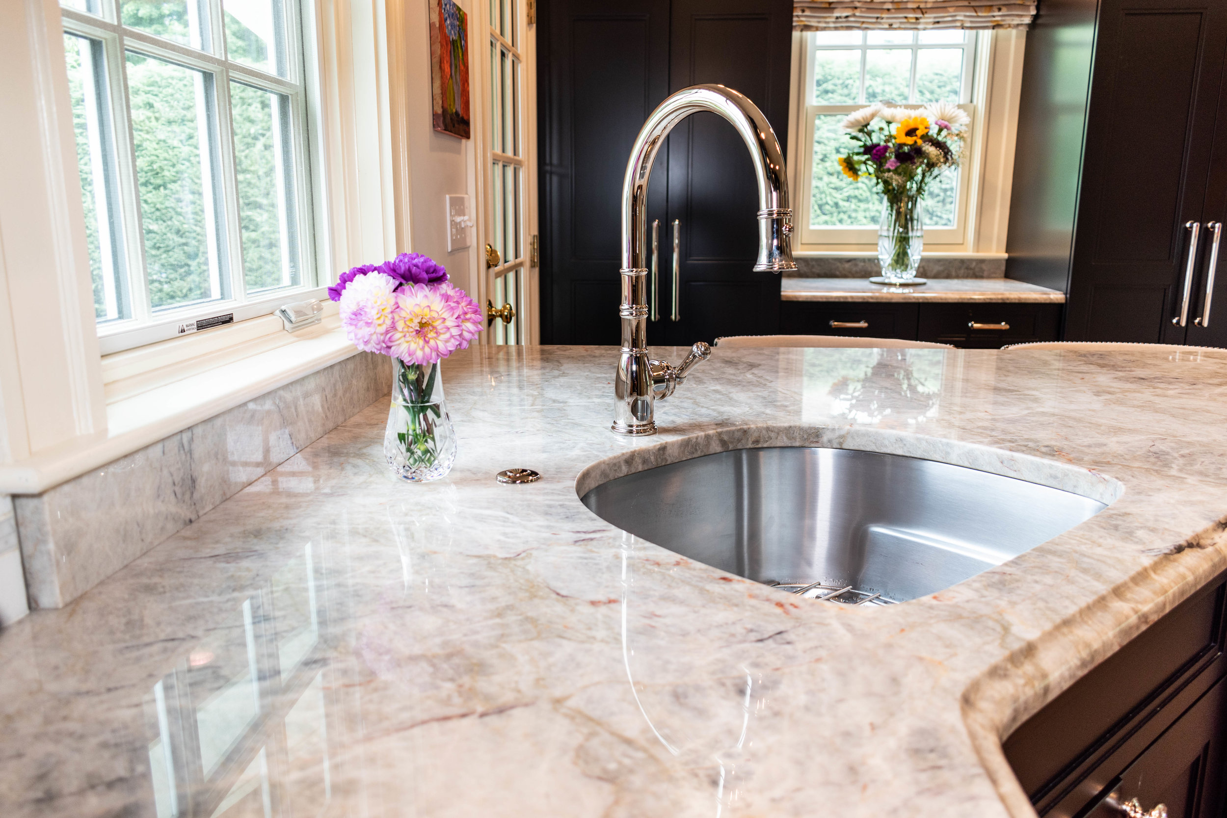 Material: Allure  Thickness, Finish & Stone Type: 3CM Polished Quartzite  Edge: Ogee  Sink: Client's sink: Under-Mount