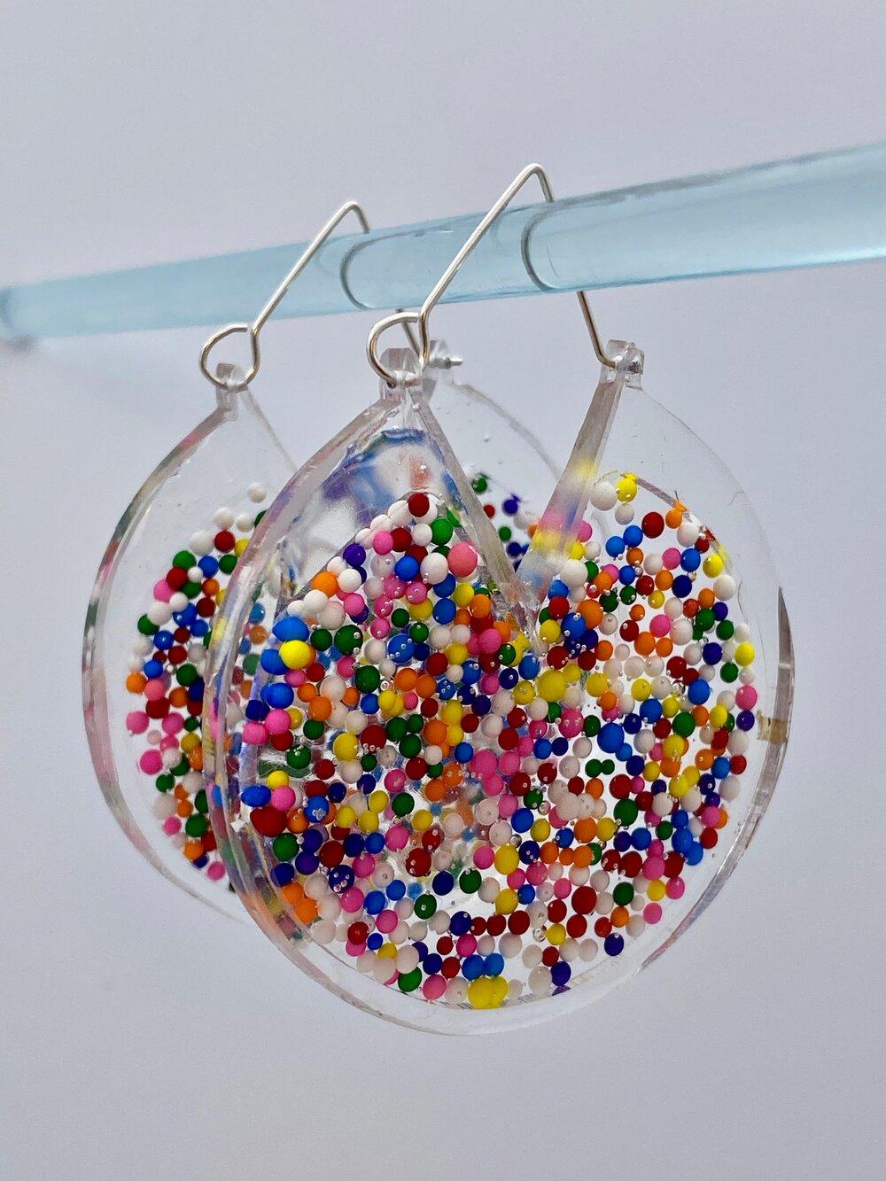 Handmade By: Von/'Dez Candy Sprinkle Alien Resin Earrings Rainbow Sweet Alien Head Sprinkle Earrings Alien Sprinkle Earrings