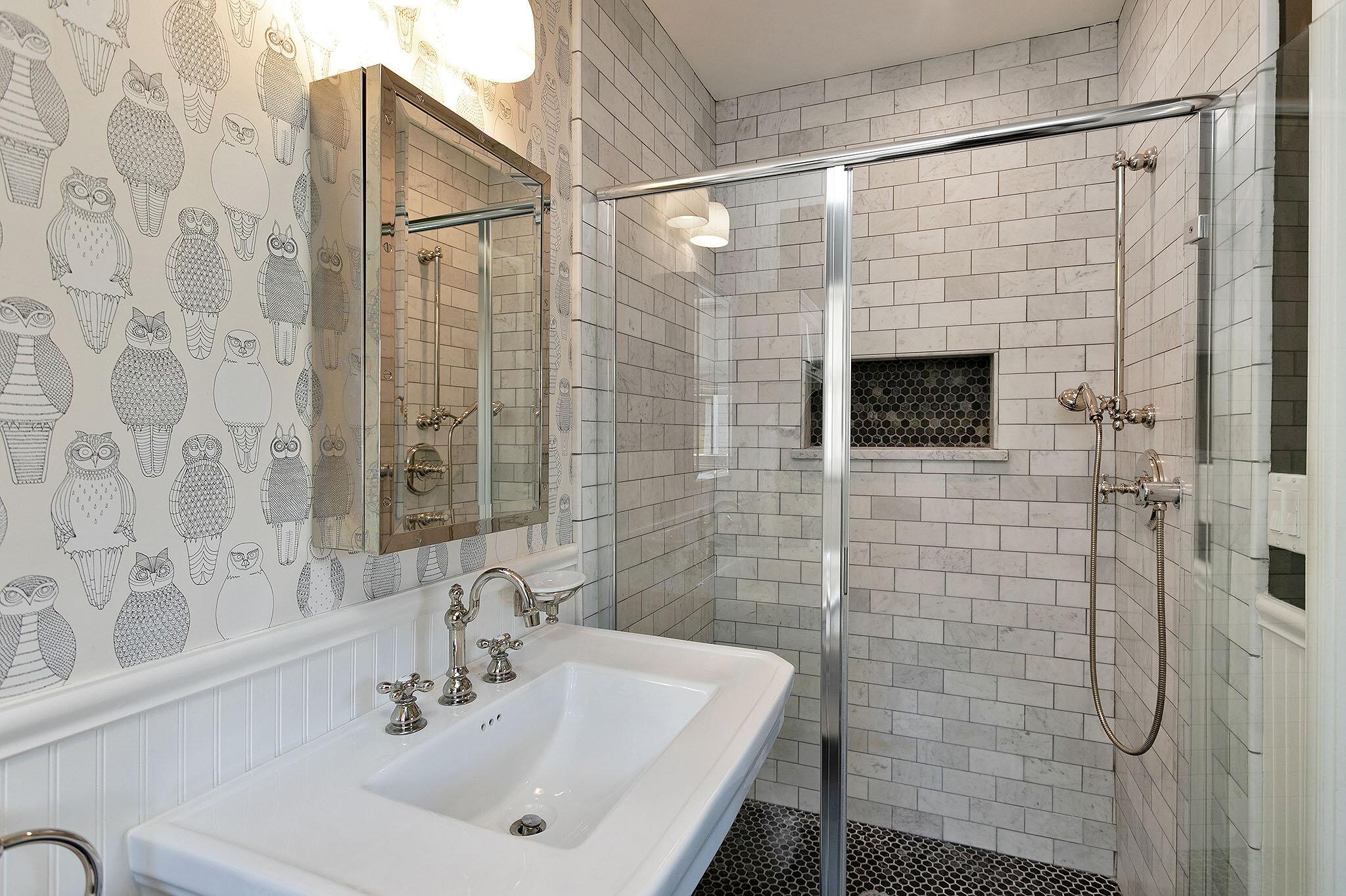 25 Guest bath2.jpg