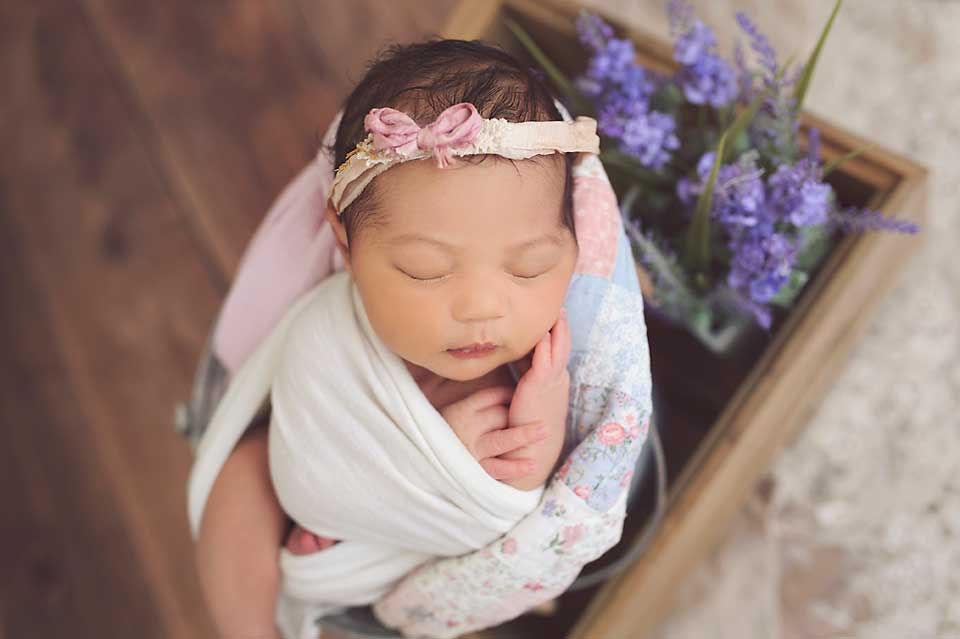 best-newborn-photographer-maryland.jpg