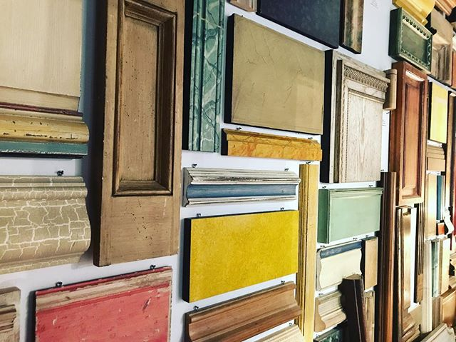 Up close and personal with our sample walls. #comeseeforyourself #fortheloveofpaint #dallasdesign #dallaspainter #custompaint #customfinish #customeverything