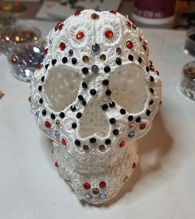 Something spooky is coming.... #embroider #embroiederylace #rhinestone #skull #halloween #halloween🎃 #dayofthedead