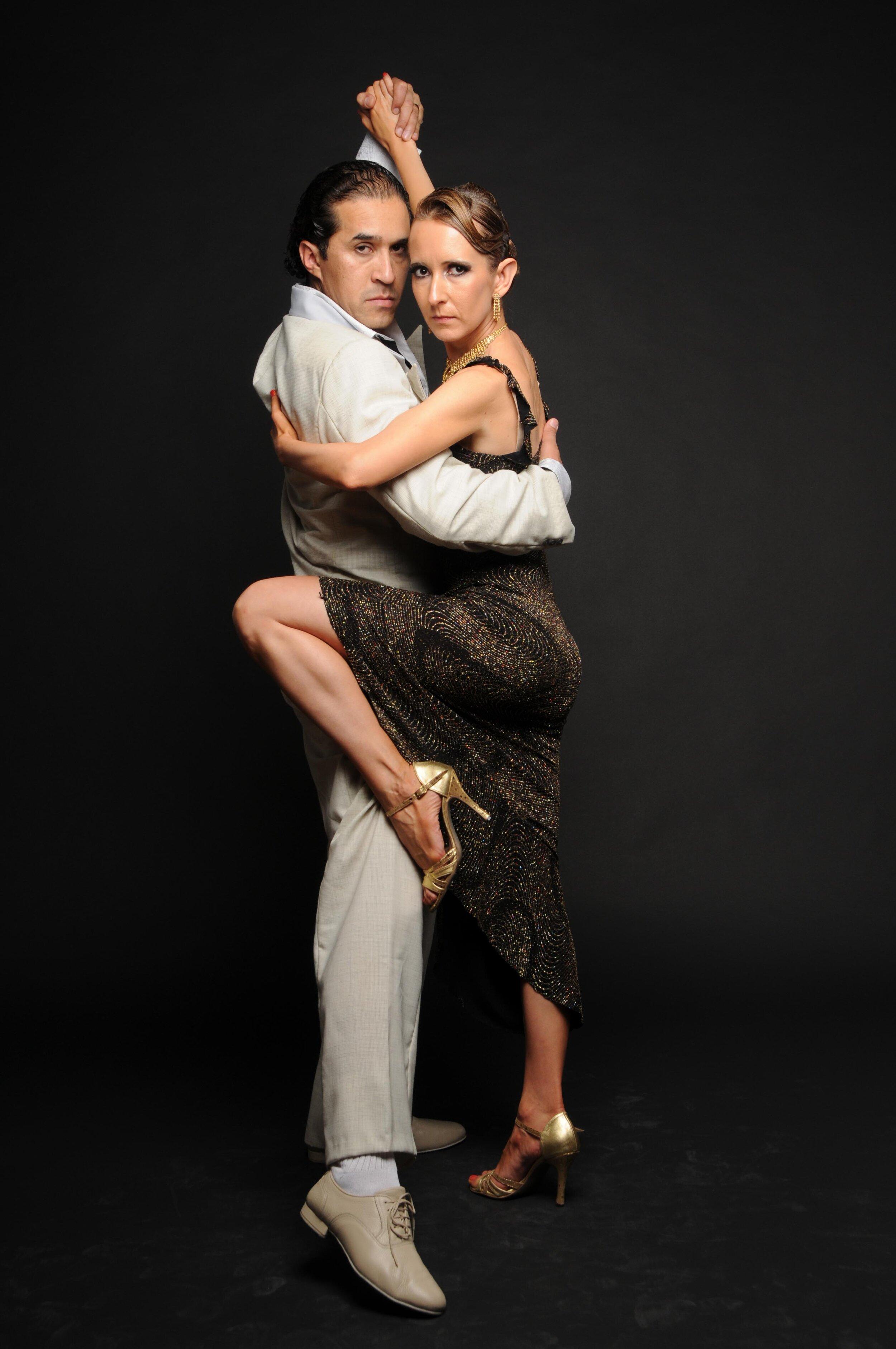 Anita and Hernan Brizuela Tango-5.jpg
