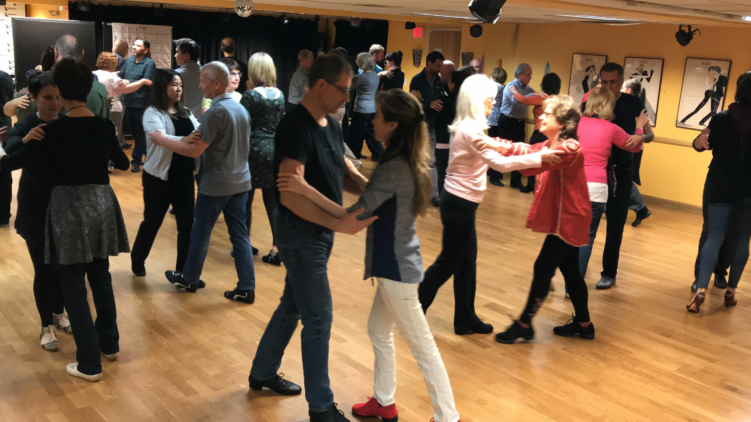 Pre-Intermediate Tango Classes-3.jpg