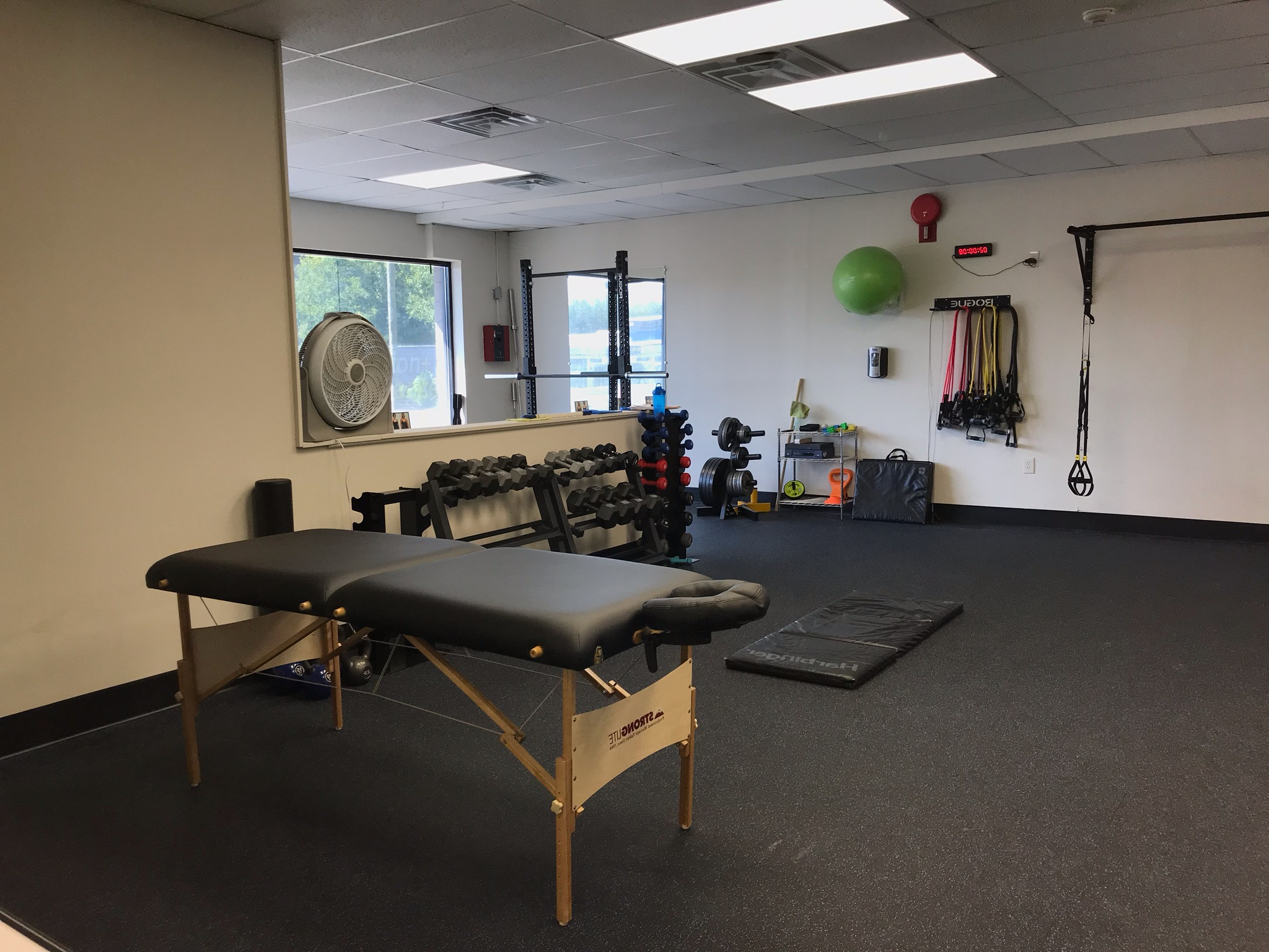 Body Rehabilitation - Are you tired of overall body aches and pains from daily life? Here at Prevention + Performance, our goal is to provide you with the proper education, techniques and tools to ease overall body pain before, during and after physical exercise.