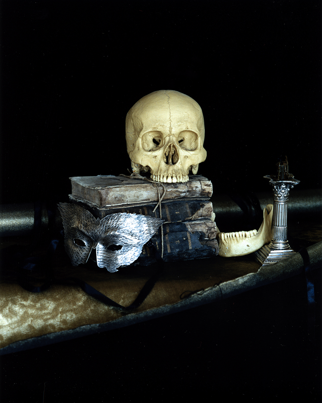 Still life with a silver mask,paris,2005.jpg