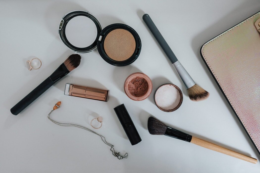 5 Blusher Tips For Makeup Beginners