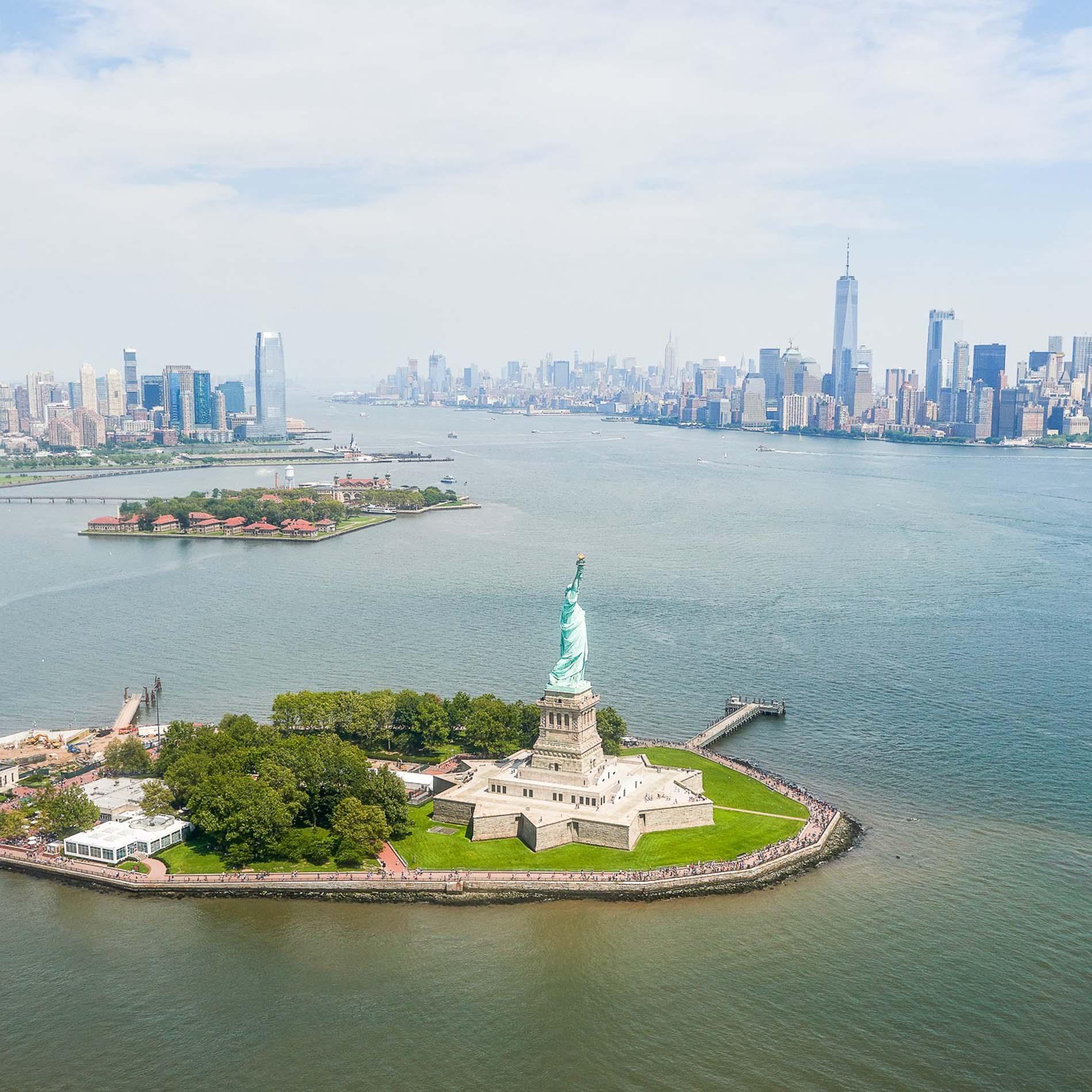 10.1-Statue-of-Liberty-and-Ellis-island-ENVATO-2.jpg