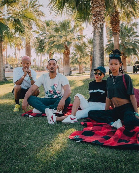 intervention - Will Smith and his family have opened up about their relationships with food in a candid new episode of Red Table Talk. The hit roundtable show hosted by Jada Pinkett Smith, her mother Adrienne Banfield Norris, and daughter Willow Smith sees the women discuss important and provocative topics with friends, family, and guests.