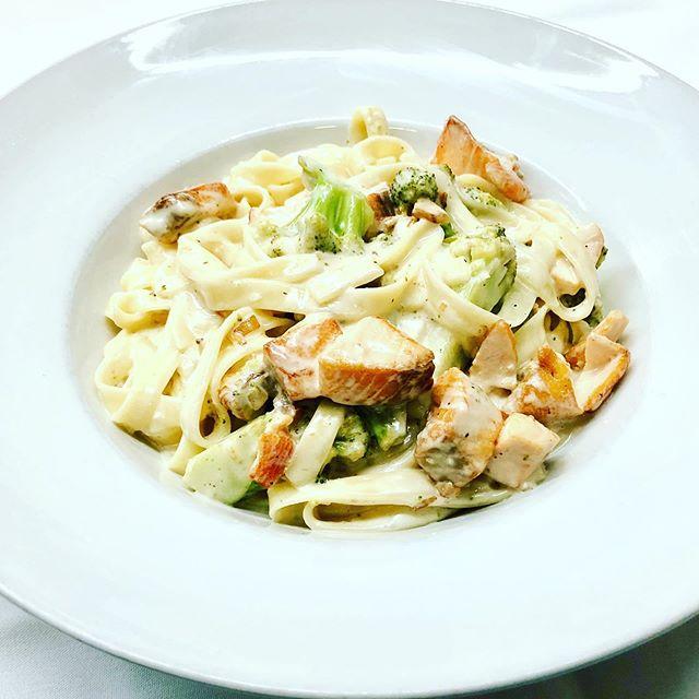 Fettuccine with Fresh diced salmon, broccolini & alfredo sauce