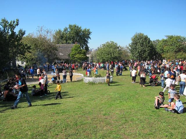 Copy of Onderdonk Harvest Festival 2011 098.JPG