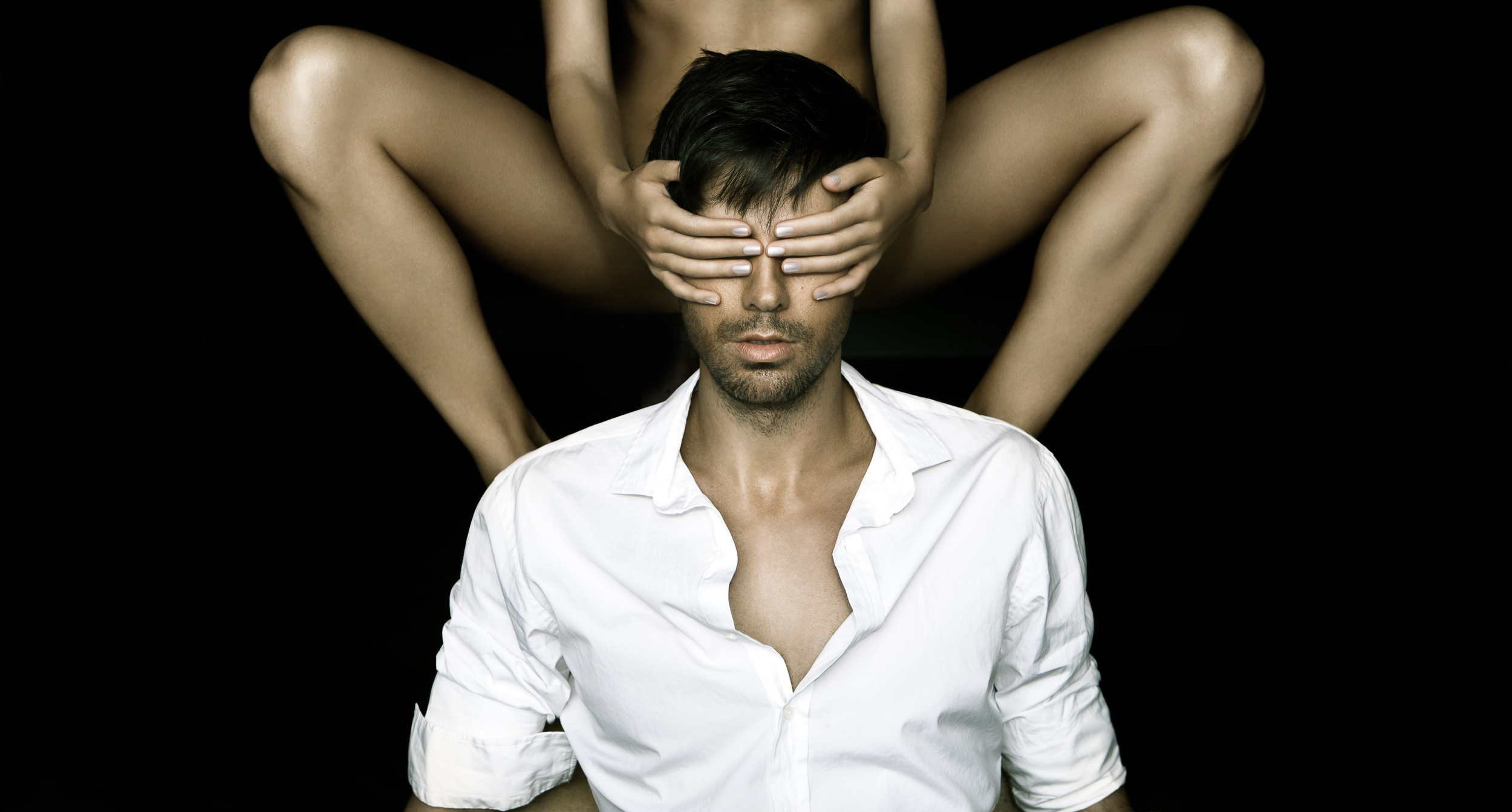 Enrique_Iglesias-Chapman_Baehler14.jpg