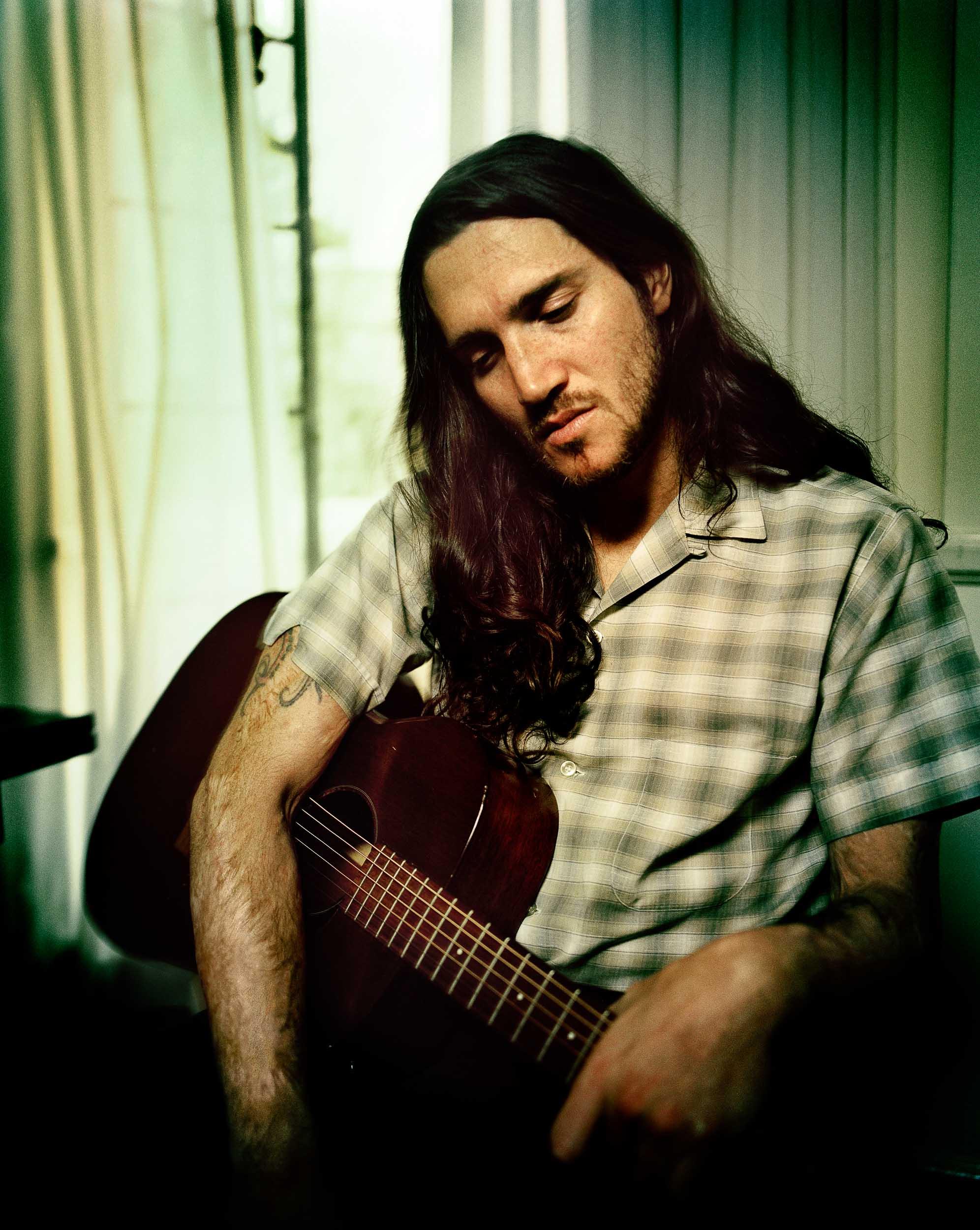 John Frusciante-Chapman_Baehler01.jpg