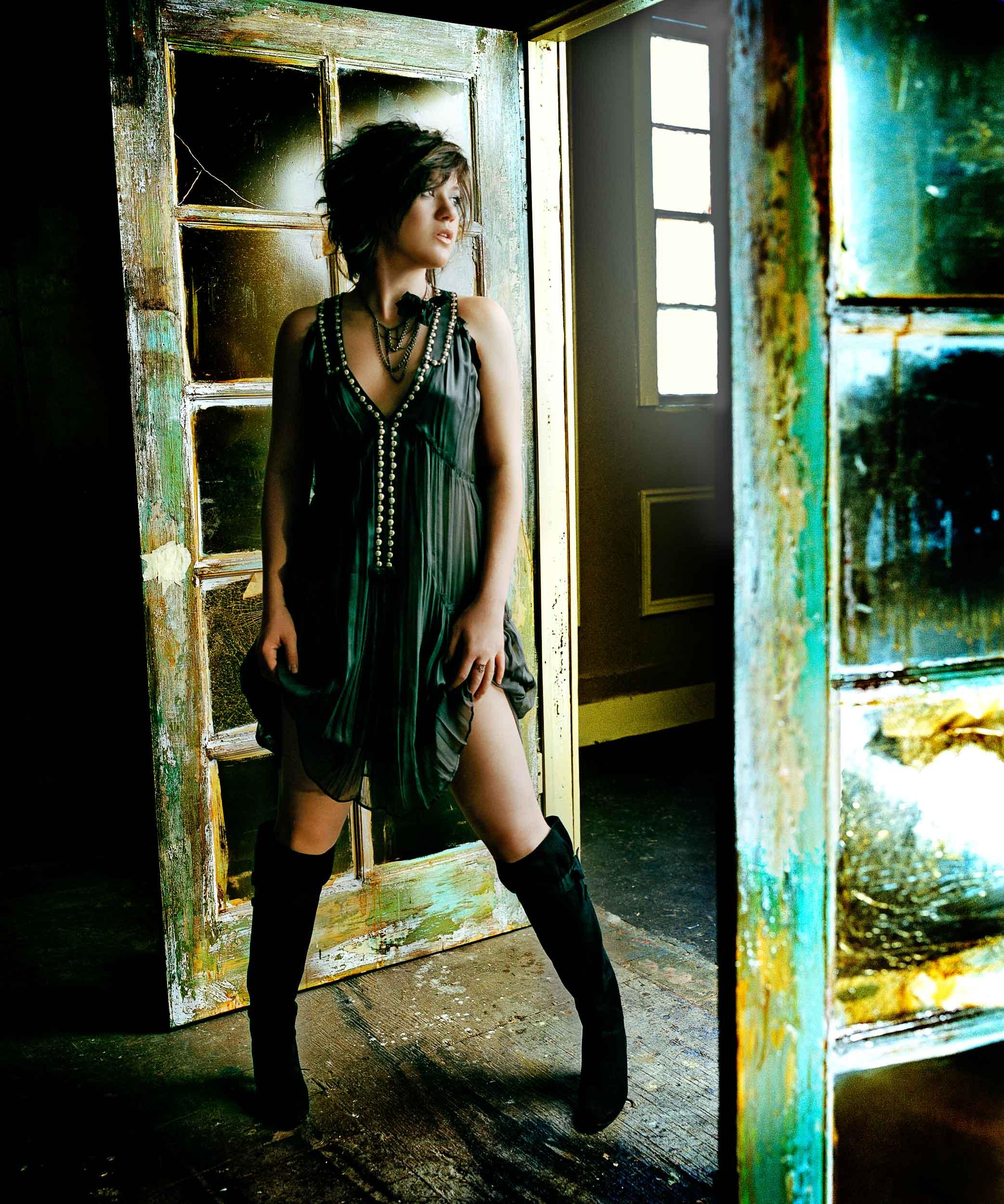 Kelly Clarkson-Chapman_Baehler19.jpg