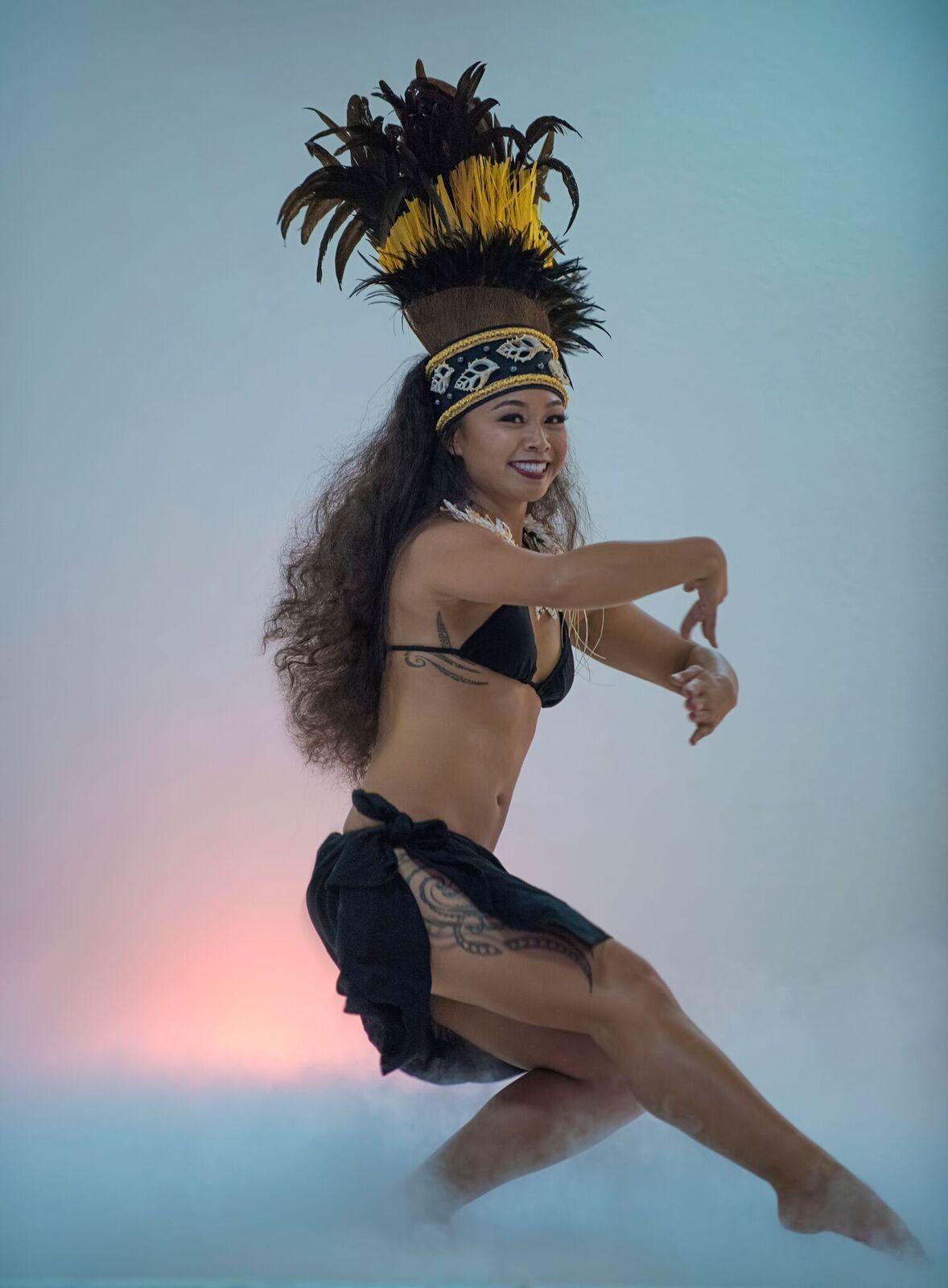 Heremata & Vahine Instructor: Melanee Tano - PC: DANNY TAN