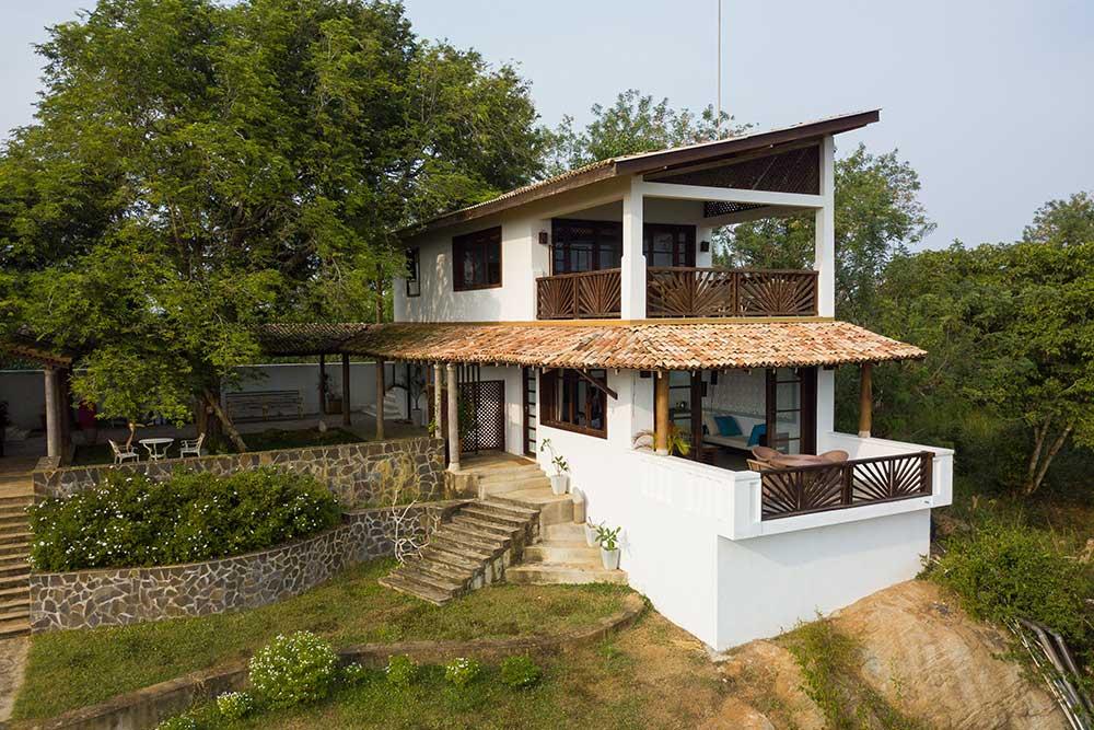 whole-villa-2.jpg