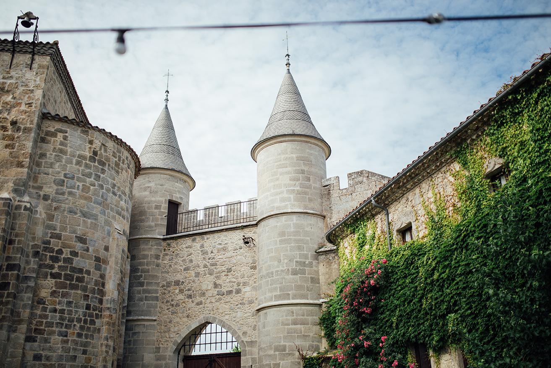 Chateau de Lisse - gate garden.jpg