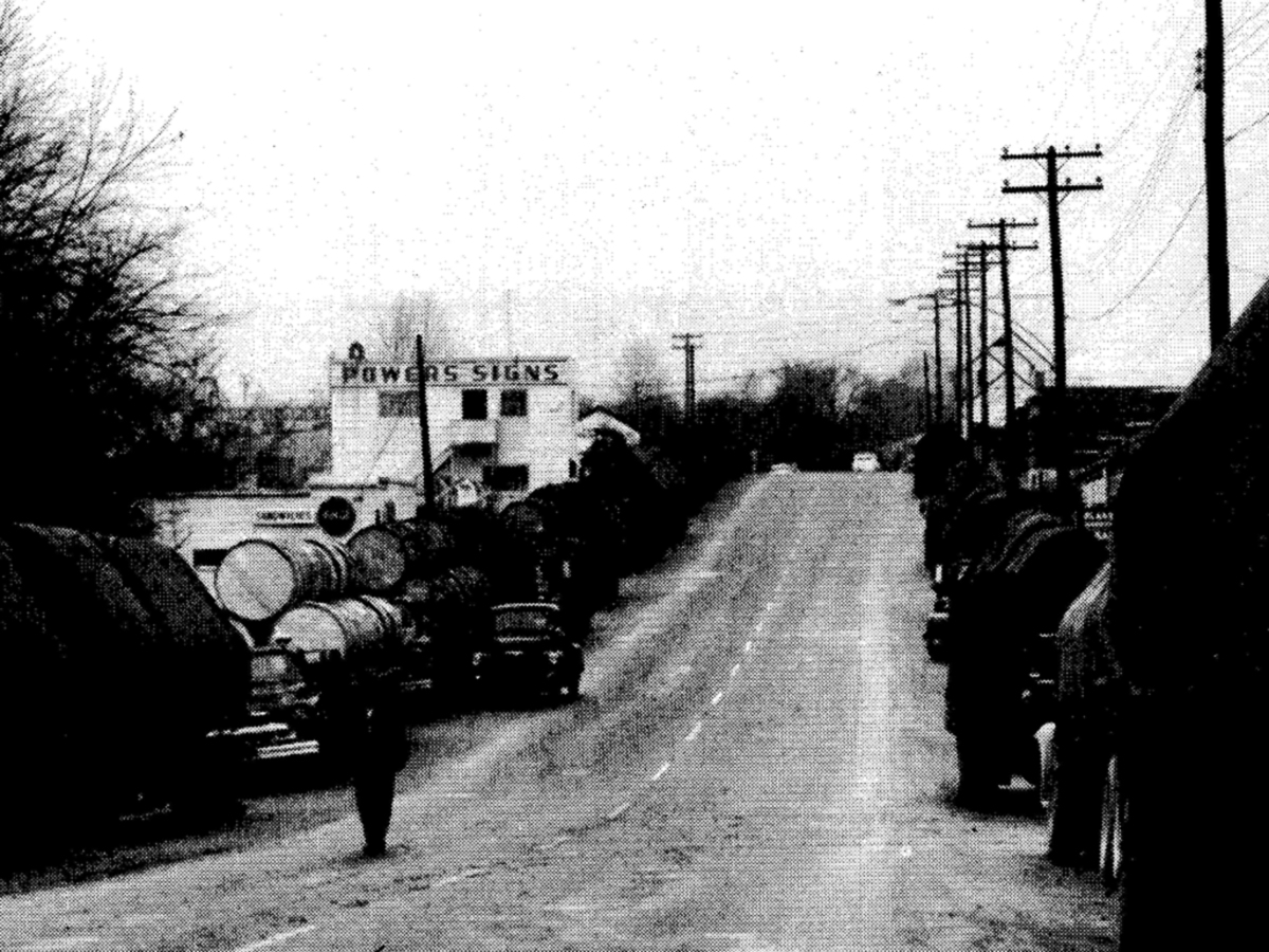 Industrial Ave during the tobacco market in the 1950's