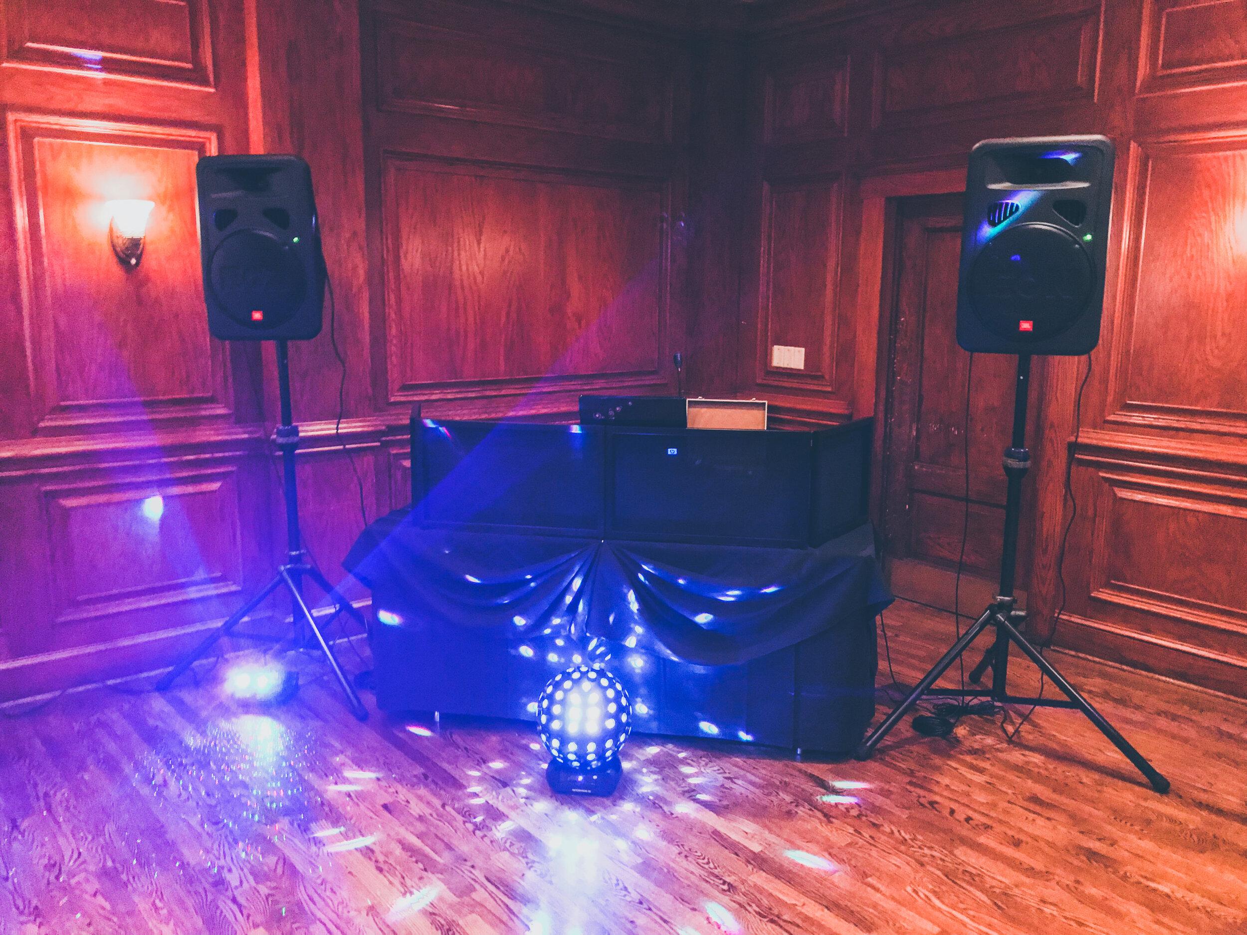 Dancetrax Wedding - December 2018 - Pic 1.JPG