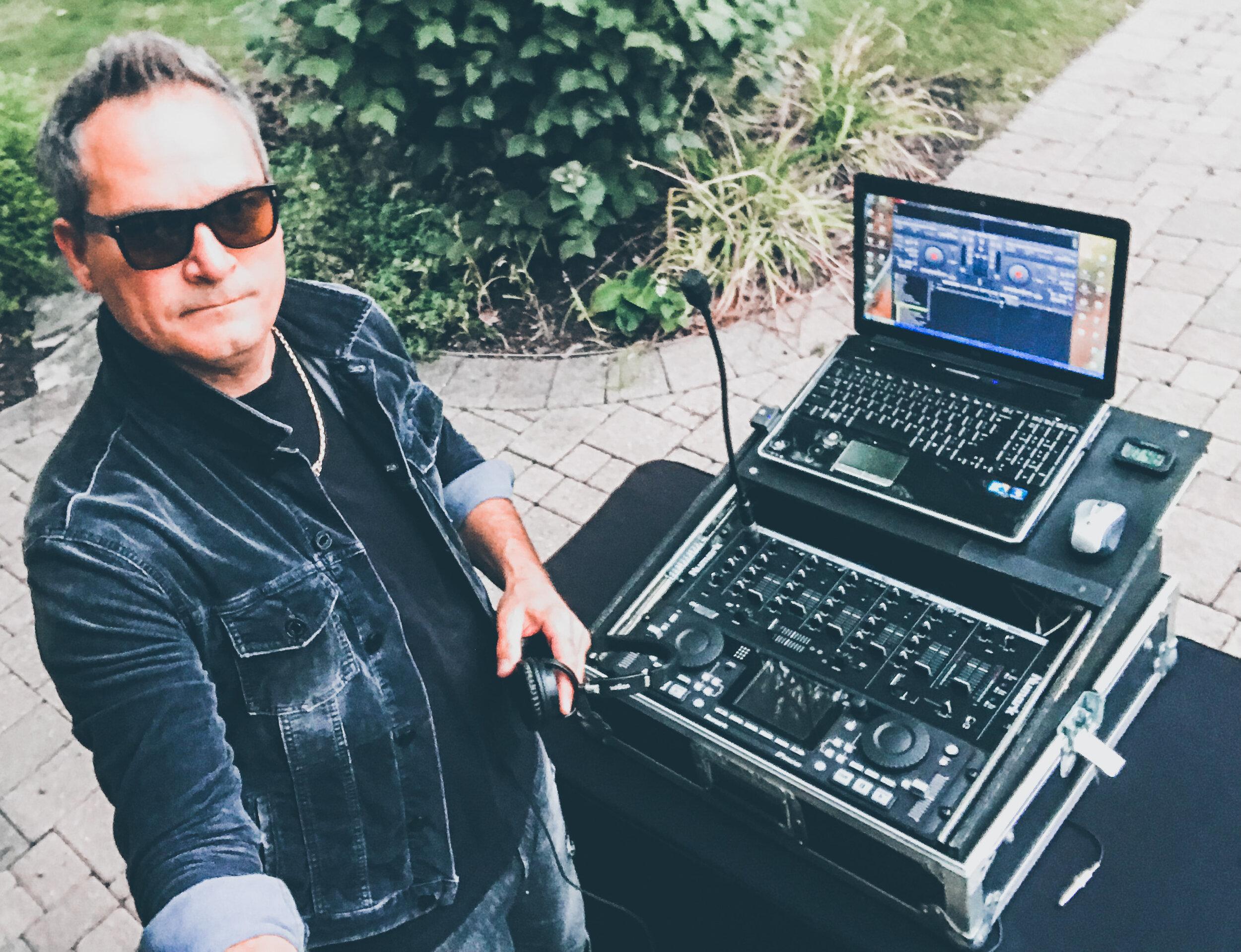 Todd Arcari DJ MC 2019 - Pic 3.jpg