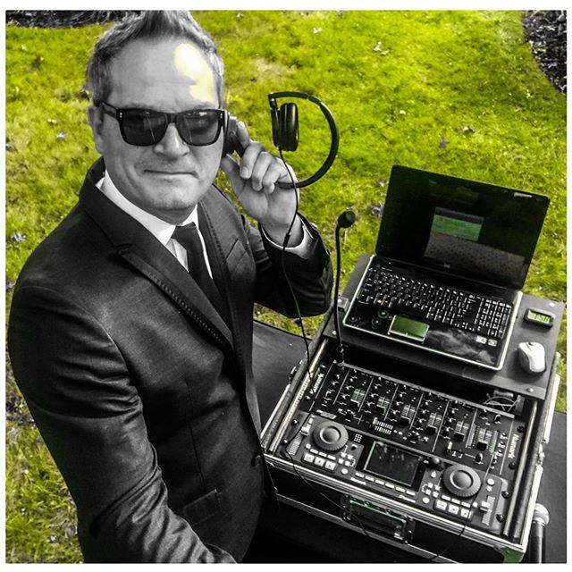 Todd Arcari - Wedding DJ Chicago  #chicagodj #chicagoweddingdj #chicagoeventdj #chicagodanceparty #midwestdj #djlife #weddingchicago #chicagowedding #eventdj #dancepartydj