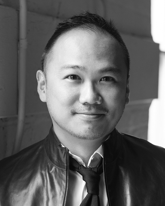 Drama Coach/ English Translator   Derek KWAN