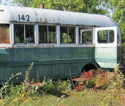 brett-and-the-bus-6941856773.jpg