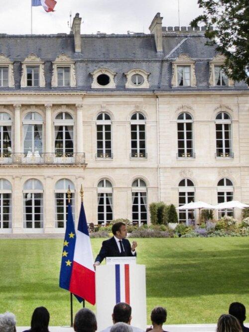 El presidente Macron aceptó 146 de las 149 propuestas hechas por el CCC y se comprometió a continuar la lucha a nivel de la UE. Foto: elysée.fr.