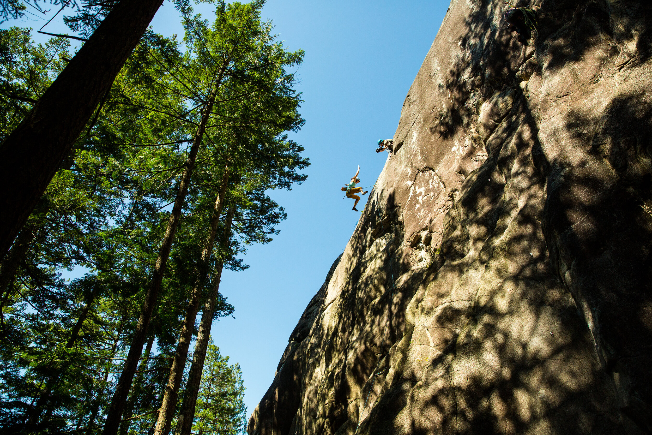 These clinics focus on how to set-up and shoot from a fixed line.They are geared toward people who are already comfortable with using their camera, do not know how to ascend a rope, but want to start taking top down shots of rock climbing. -