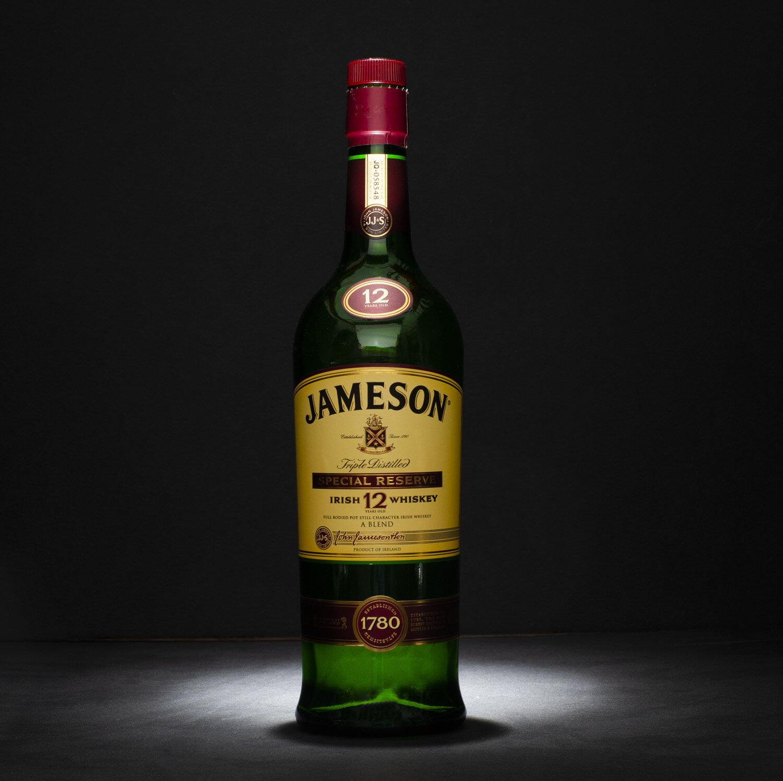 Jameson 12 year under single light.