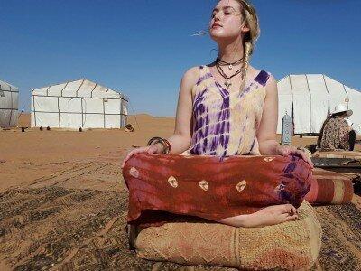 Sahara-desert-glamping-camp-adounia-restival-11-400x300.jpg