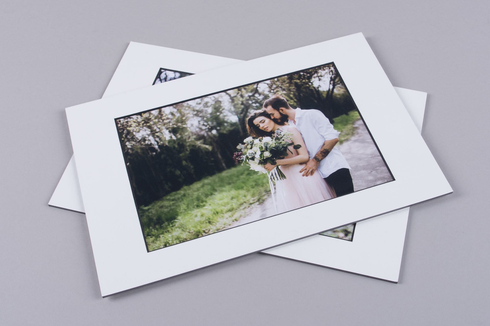 passepartout matted print foliobox white with black core mat thick print board mounted different sizes.jpg